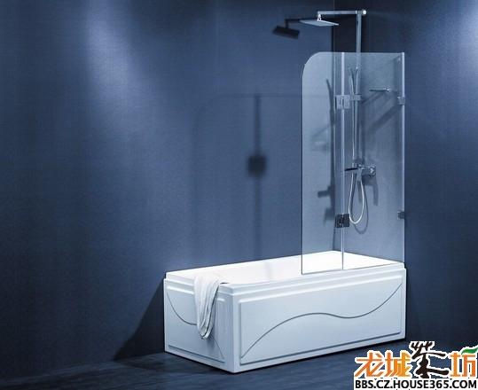 浴室隔断装修效果图之玻璃隔断