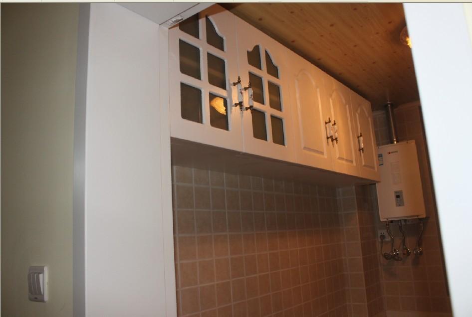 厨房木工制作的橱柜