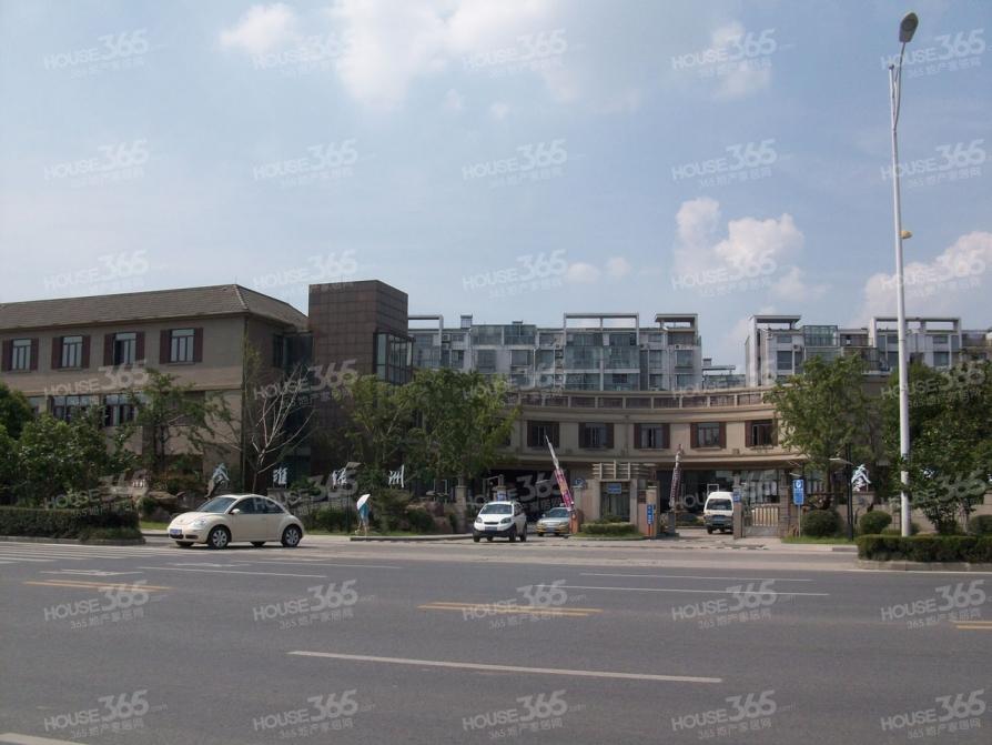 秦淮绿洲5室3厅3卫270平米整租简装