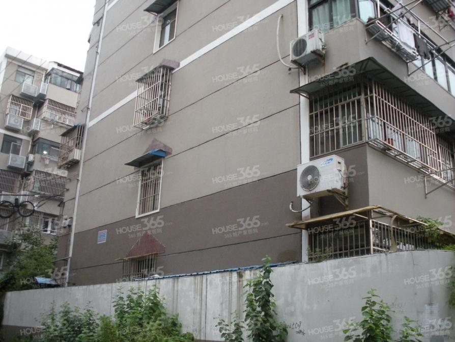 东井二村2室1厅1卫67平米整租精装