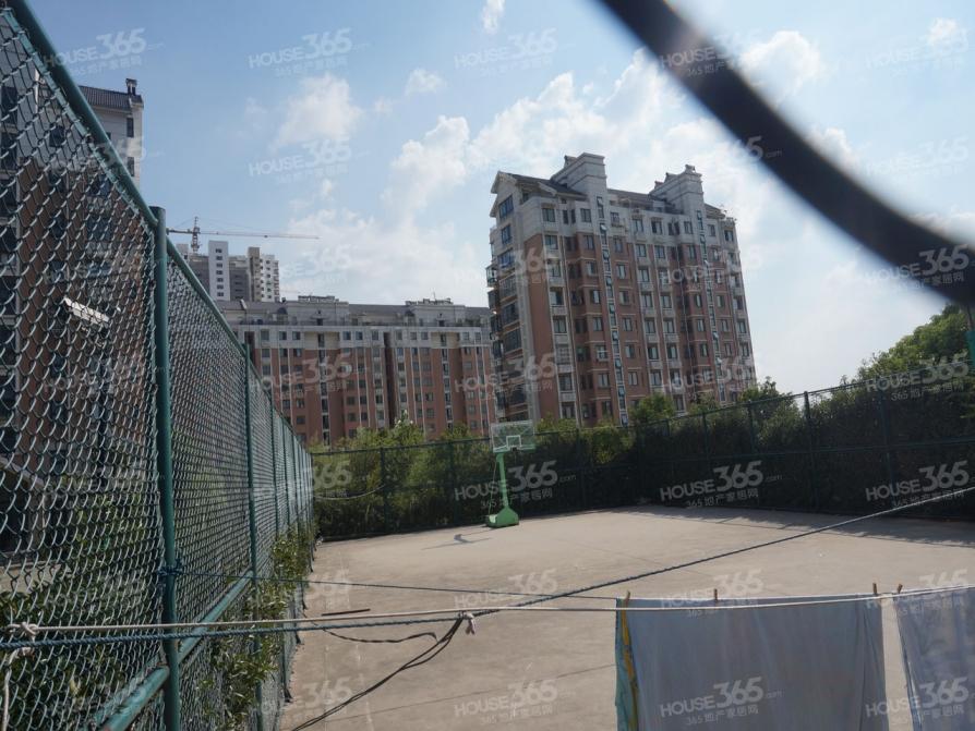 华汇康城4室2厅2卫149平米豪华装产权房2007年建