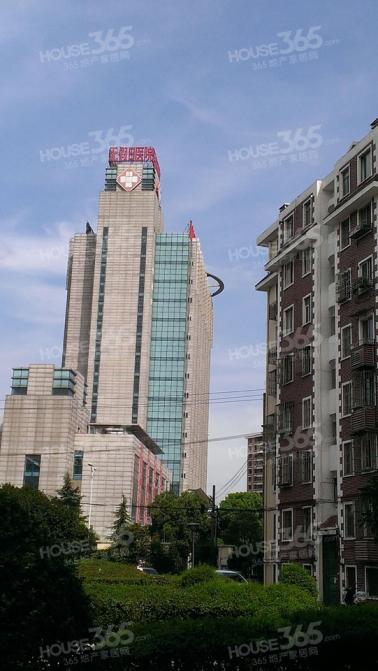 轻院新大楼 101医院旁 楼层好 学区房 周边配套齐全 急售