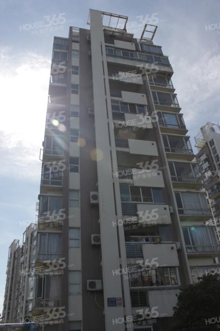 空中别墅,阳光房,大平层,有阁楼,都是落地窗
