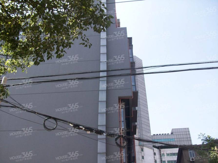 七里街小区2室1厅1卫45.00平米整租精装