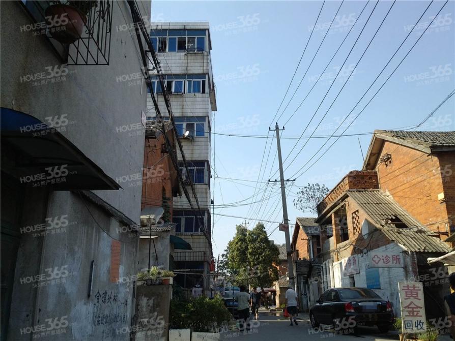 合浦南村 2号地铁口 蚌三小 38中 花冲公园旁 待拆 急售