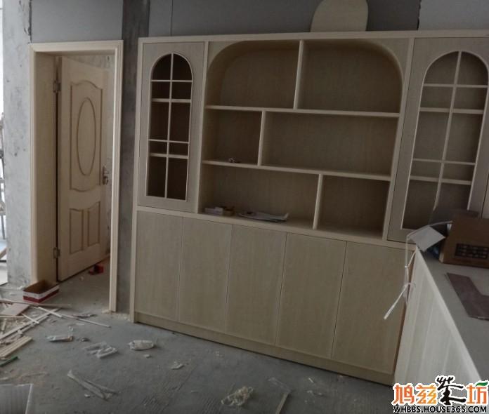 还是一半木工板一半免漆板啊?