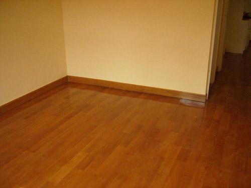 实木地板翻新步骤和小贴士