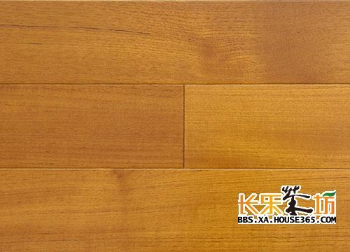 实木复合地板表面开裂